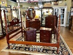 1950s Lillian Russell Collection Davis Cabinet Company Bedroom Furniture Company
