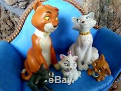ARISTOCATS FAMILY GROUPING ON SOFA BASE, WDCC FIGURINES, All New, MIB, with COA