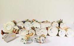 Lot of 17 Goebel Hummel figurines #502